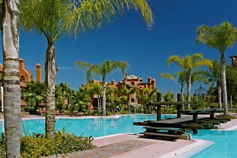WOW!! REDUCED AGAIN Apartment Alzambra Hill Club NOW for Sale 660.000 Euros