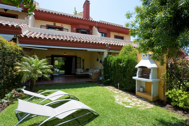 Jardines de Doña Maria Long Term Rental REDUCED FROM 2.950 Euros TO 2.700 Euros