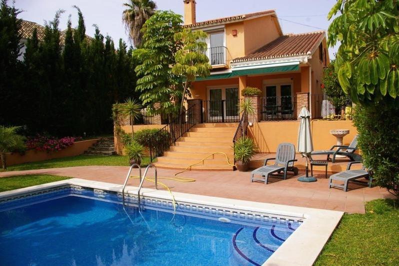 Beautiful Villa Nueva Andalucia 3500€