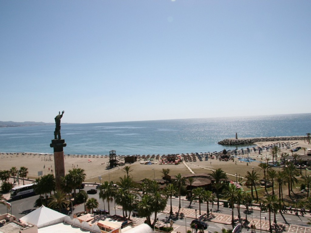 First Line Beach Apartment, ideal holiday home or rental investment.