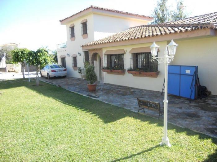 Villa on the Golden Mile 1.195.000€