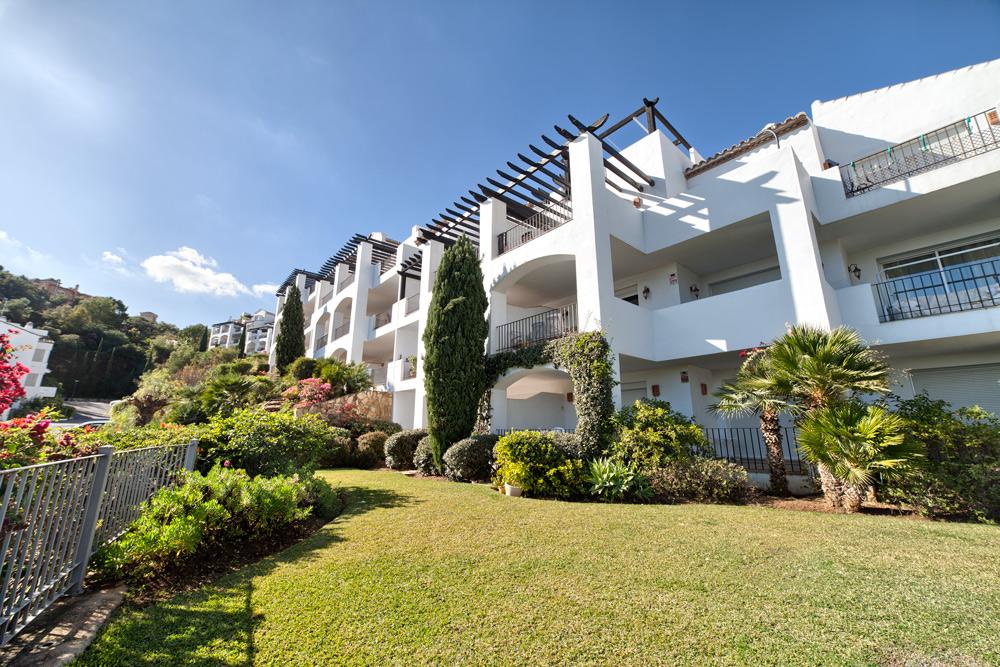 Altos de La Quinta Ground Floor Apartment 220.000€