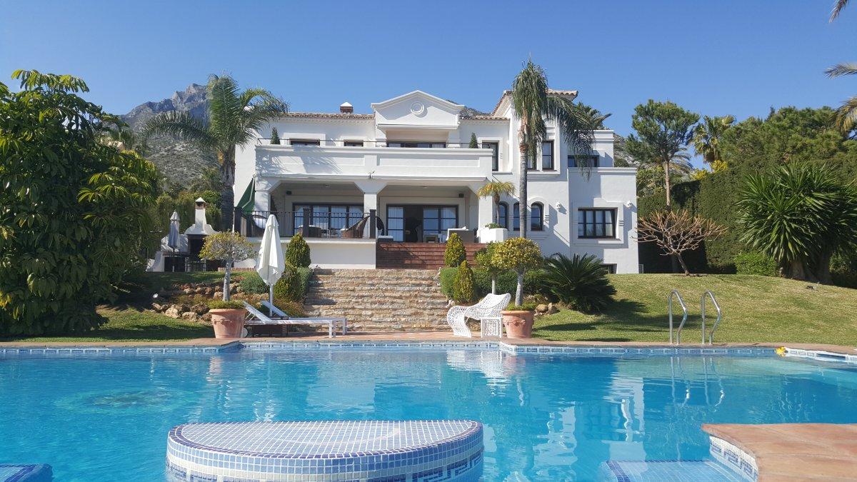 Sierra Blanca Magnificent Luxury Mansion 6.400.000€