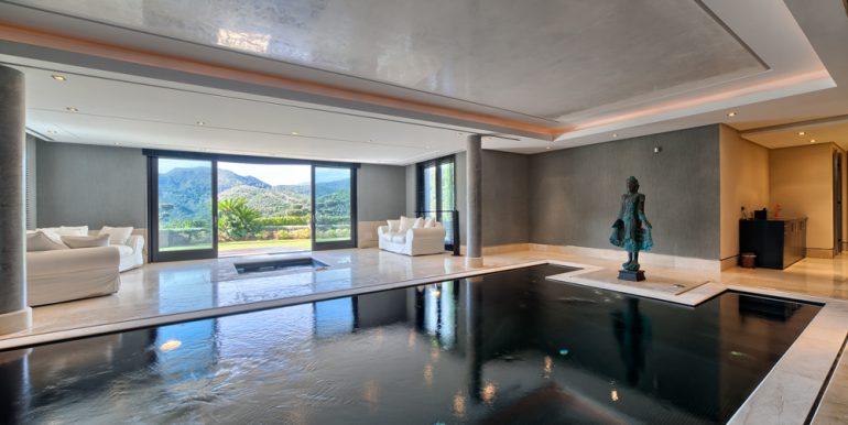 38_indoor_pool