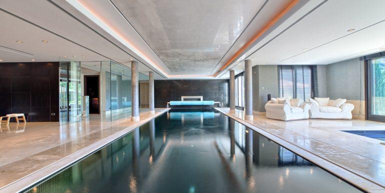 39_indoor_pool