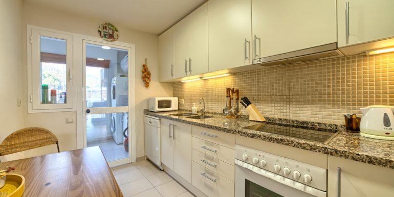 6_kitchen (1)
