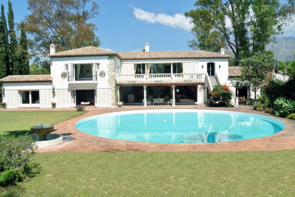 Unique Villa in the Golden Mile 7.900.000€