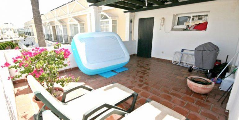 R2125703-Townhouse-For-Sale-Aloha-Terraced-2-Beds-170-Built-2