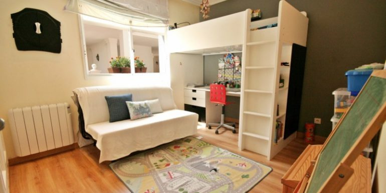 R2125703-Townhouse-For-Sale-Aloha-Terraced-2-Beds-170-Built-5