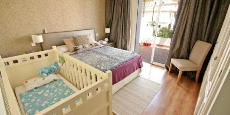 R2125703-Townhouse-For-Sale-Aloha-Terraced-2-Beds-170-Built-6