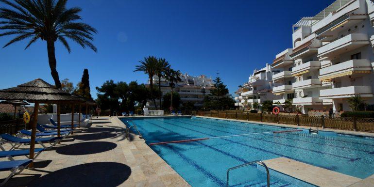 Elegant-spacious-garden-apartment-for-sale-in-the-best-location-of-Nueva-Andalucia-Custom-2-1920x1277-2