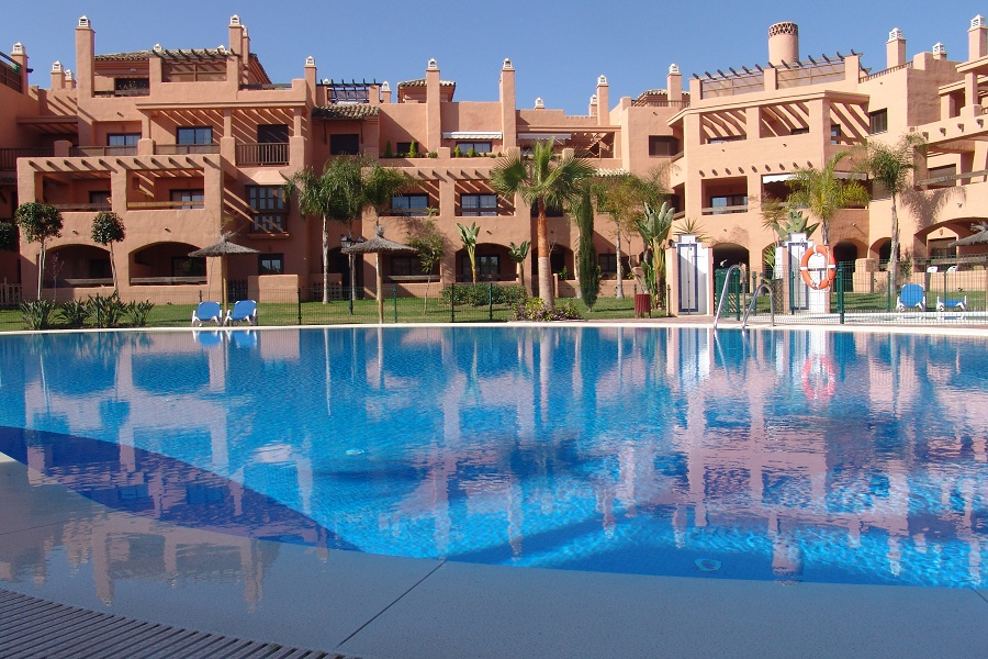 Lovely 2 Bedroom Apartment Available For Long Term Rental 1450€ PCM