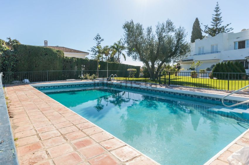 Lovely Recently Refurbished Townhouse First Line Aloha Golf in exclusive Gated Community!  P.O.A