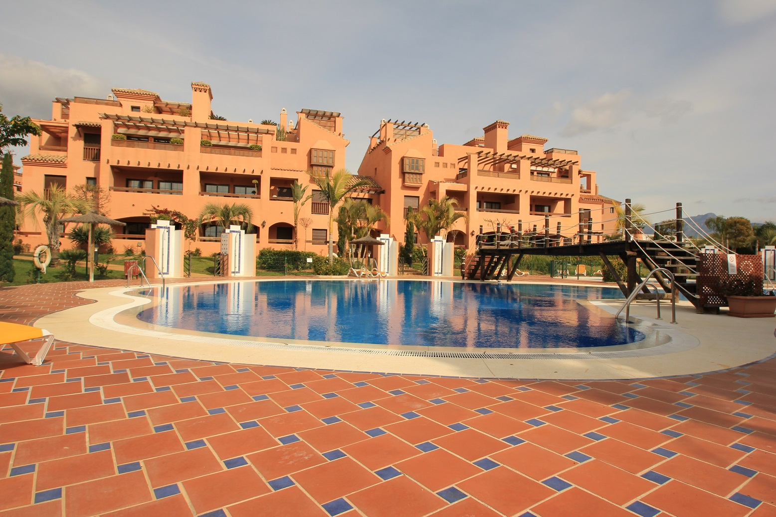 Lovely 3 Bedroom Apartment 1.600€ Long Term