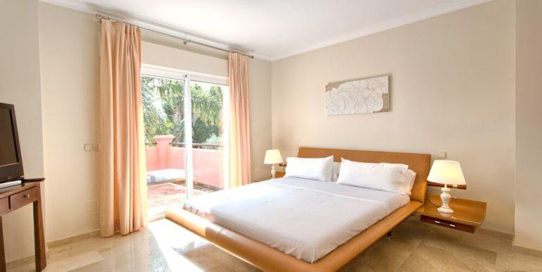 16 villa Alzambra 3 Puerto Banus_preview