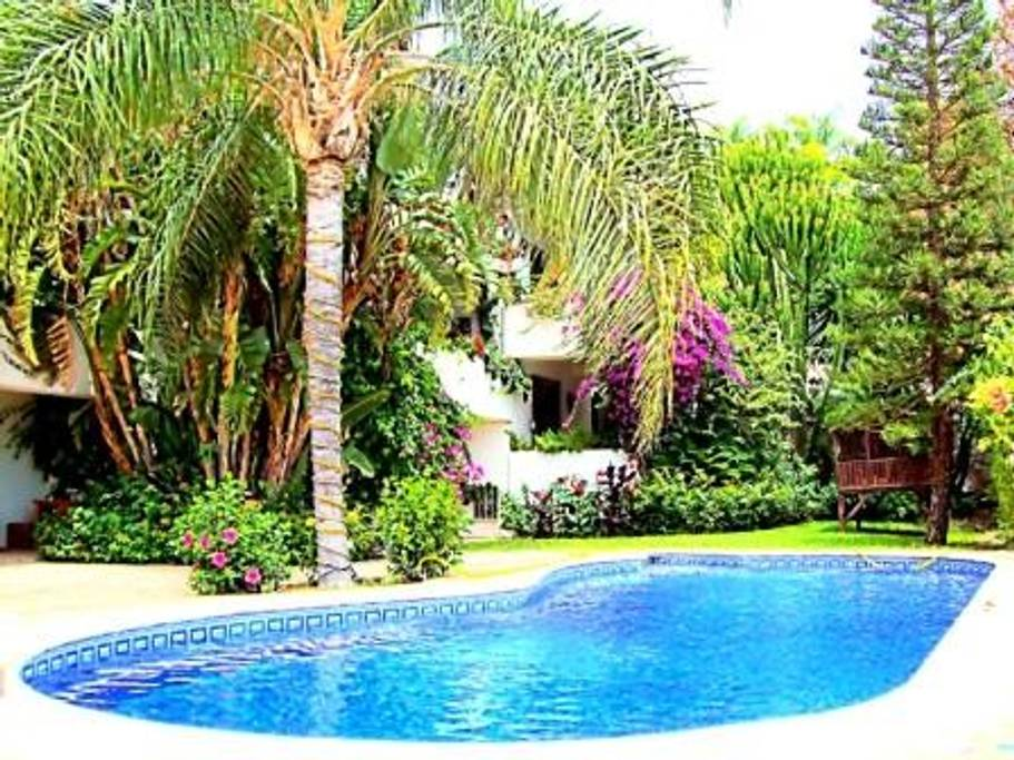 CHATEAU STYLE VILLA SET IN EL PARAISO ALTO 15.000€ MONTHLY RENTAL