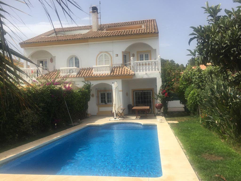 Large Semi Detached Villa on Golden Mile Long Term Rental 2300€ PCM