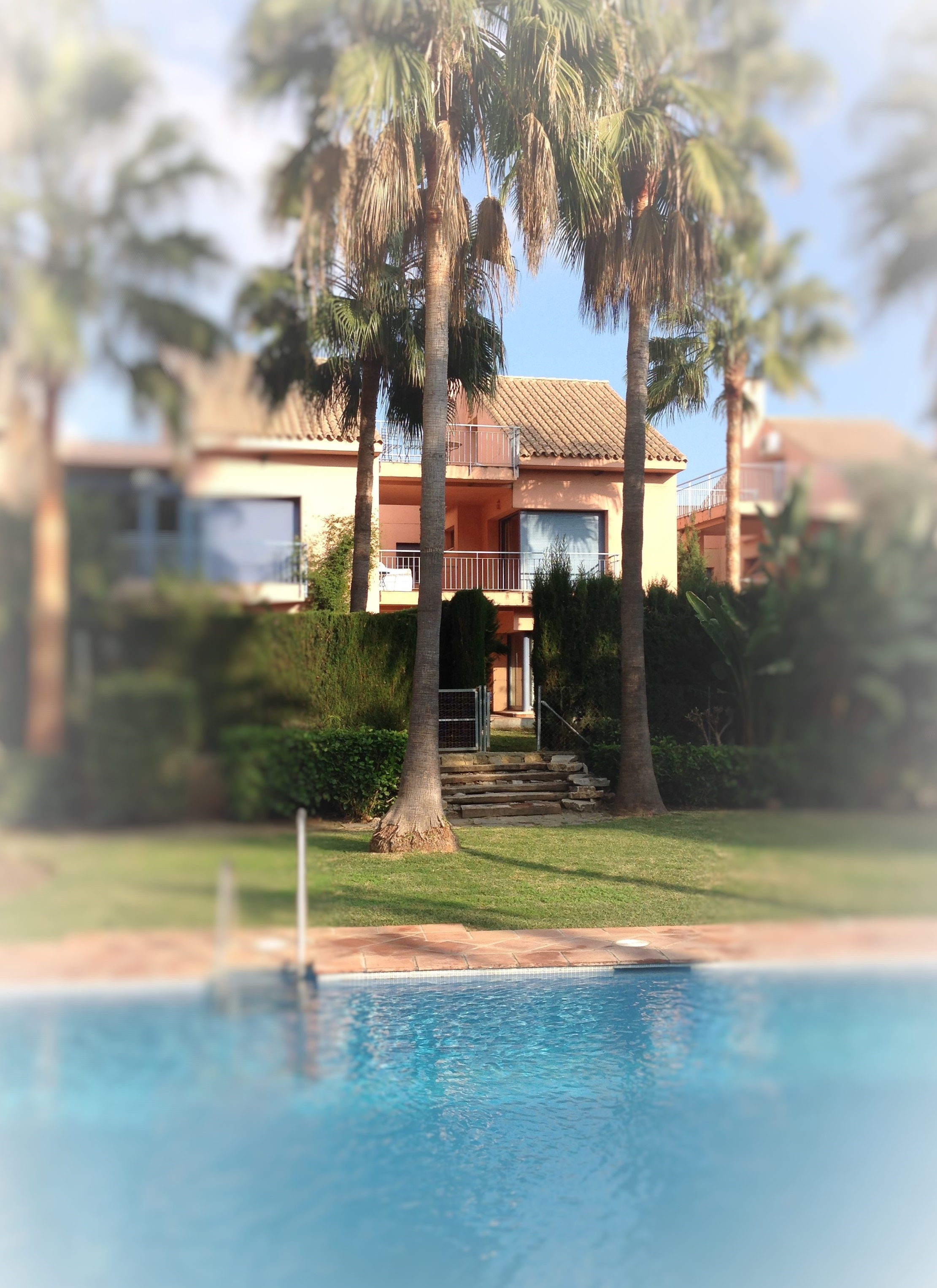CHARMING SEMI DETACHED HOUSE FOR LONG TERM RENTAL NEAR INTERNATIONAL SCHOOLS AND GOLF COURSES.