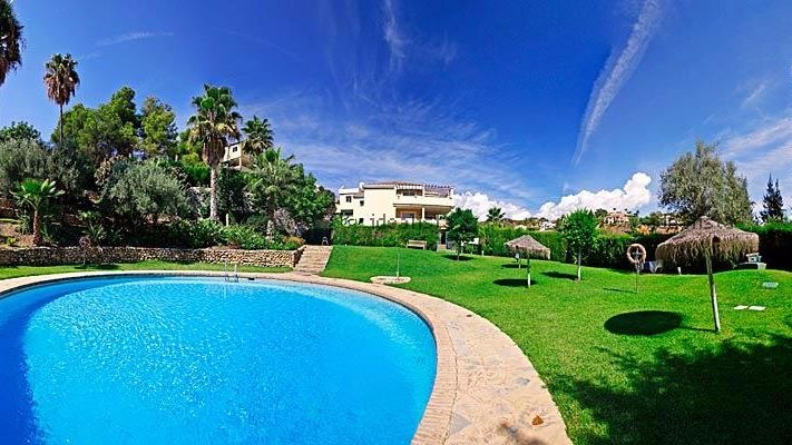 Elegant 3 Bedroom Apartment Situated First Line Golf For Only 265.000€