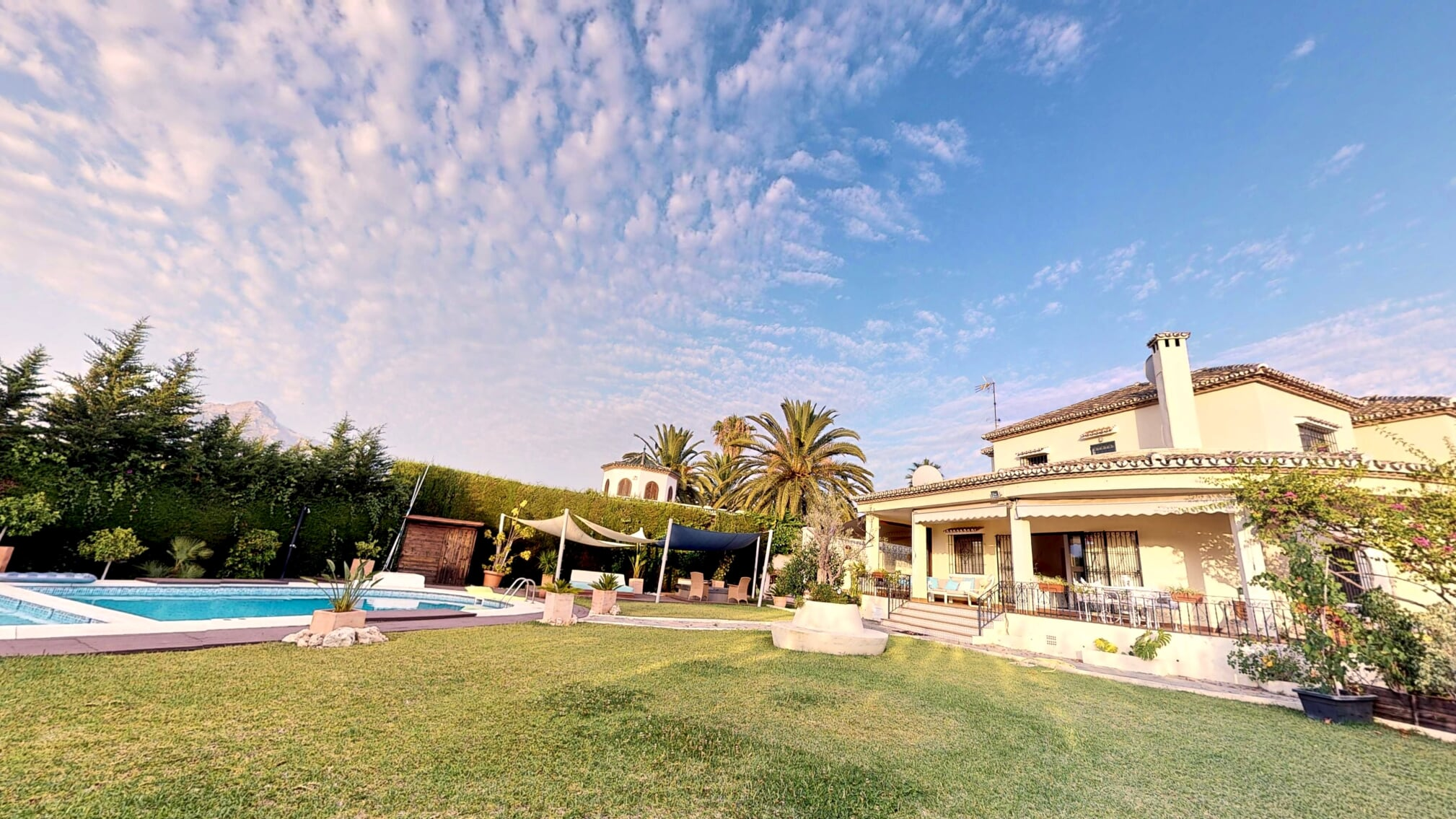 Lovely Family Size Villa, Ideal Investment Opportunity 1.500.000€