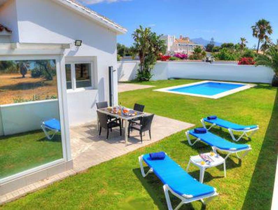 LOVELY VILLA FIRST LINE BEACH SALADILLO AREA 1.600.000€