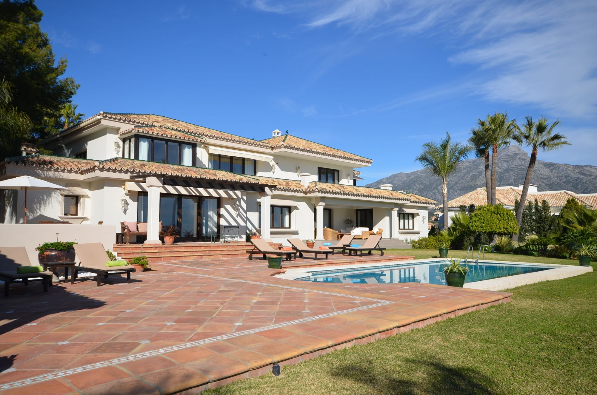Beautiful and Elegant villa in the Heart of the Golf Valley Available for Short term rental.  P.O.A.